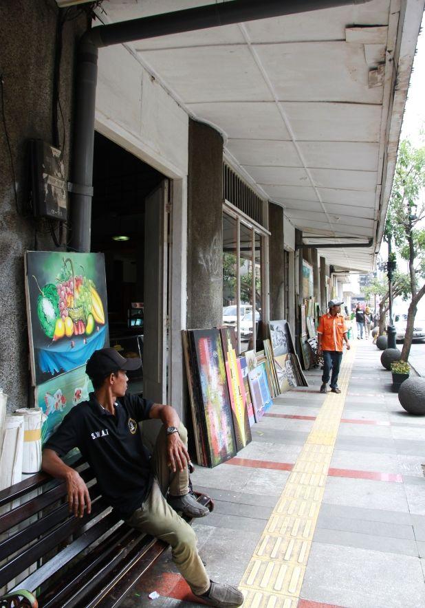 Drawing street, artist